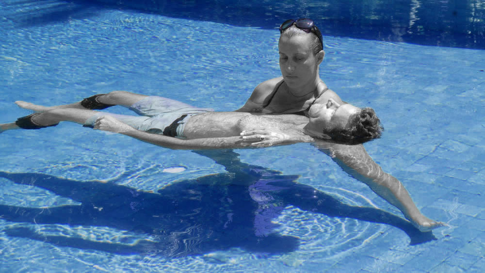 BlueFloating aquatic therapy